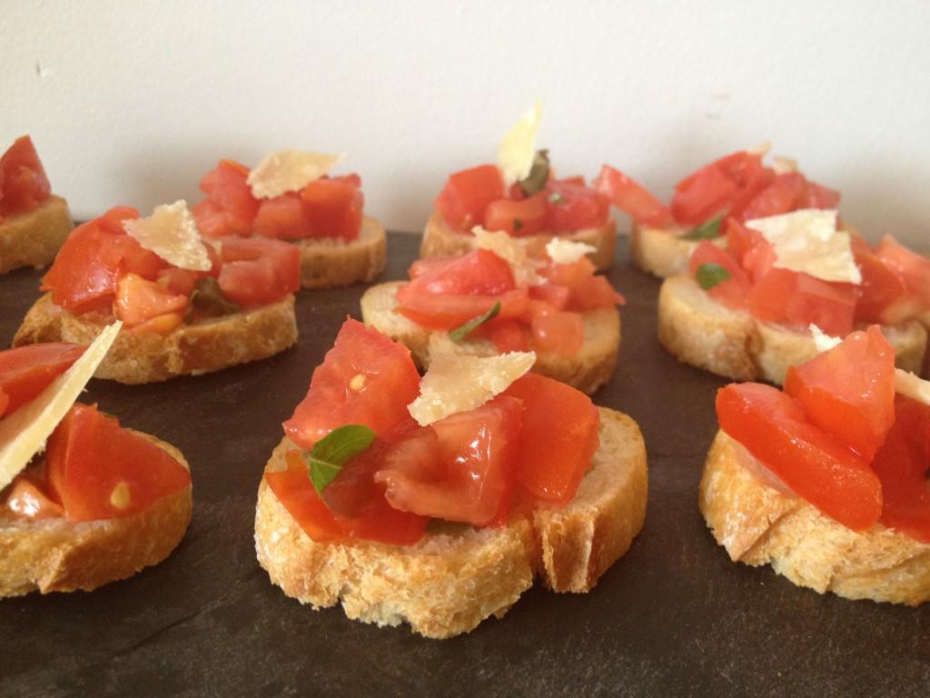 Bruschettas tomates parmesan