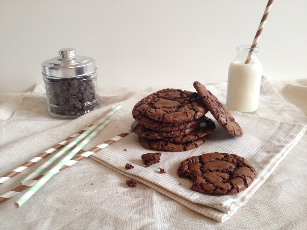 Cookies tout chocolat - Tizi Cooks